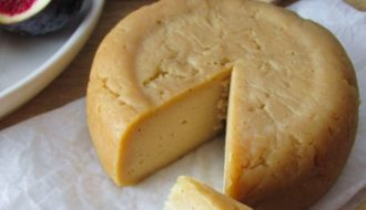 queso de anacardos vegano